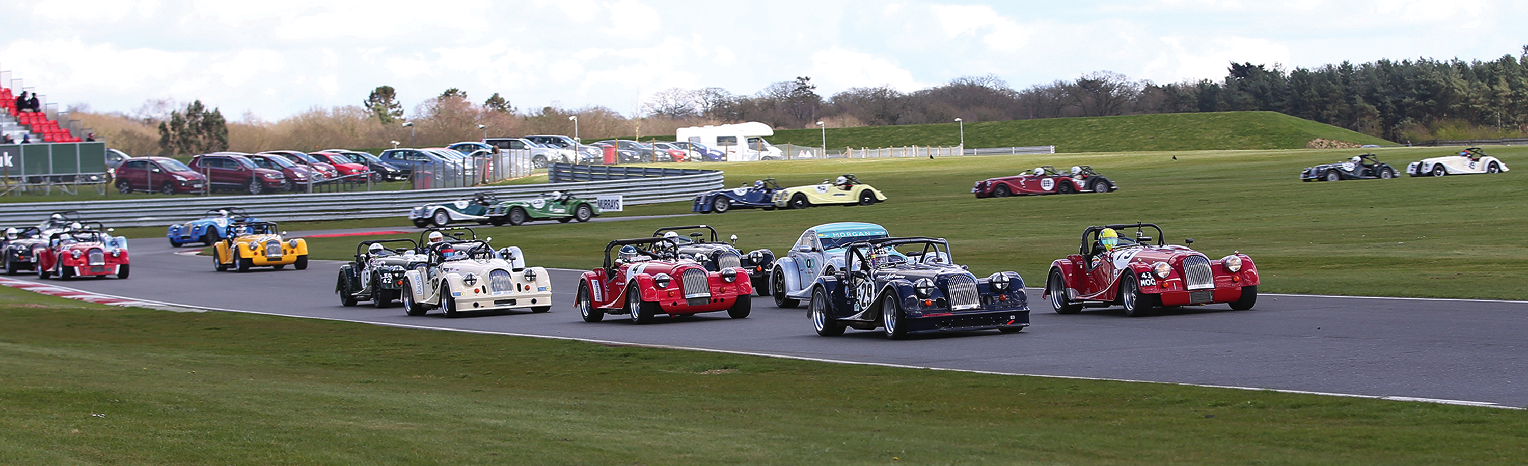Morgan Challenge rolling start at Snetterton